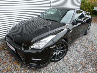 GT-R 3.8 DoppelKupl. – GT-R Black Edition