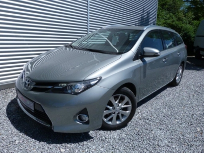 Auris Life+ Touring Sports 1.6 132PS (*SENSOR*)